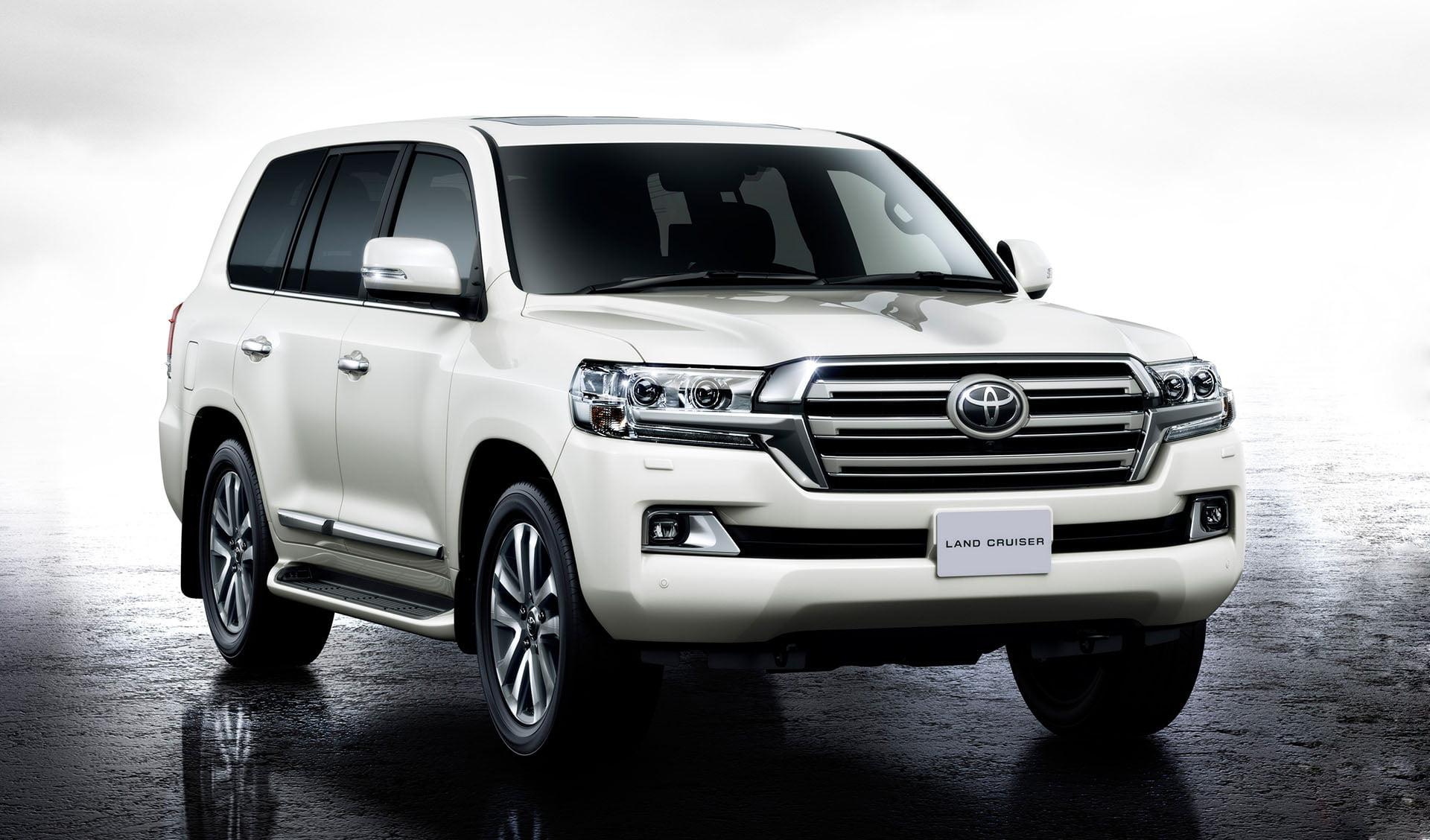 Toyota Land Cruiser V8 For Rent